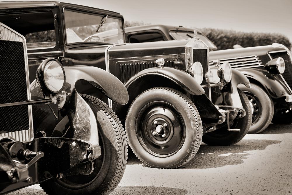 Más alla del SEAT 600, un paseo a lomos de automóviles vintage