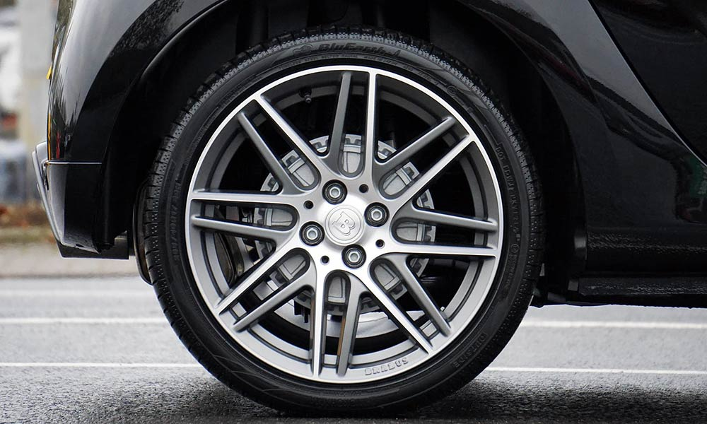 Aprende a cuidar los neumáticos de tu automóvil